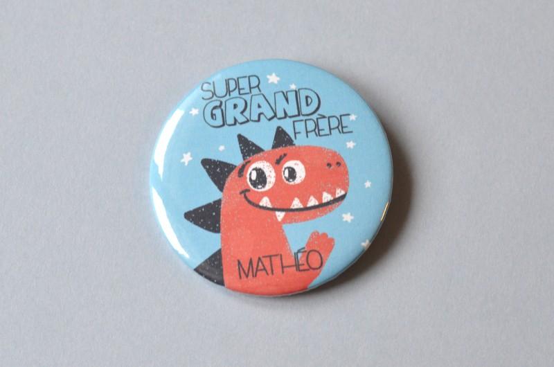 Badge Bientôt Grand Frère - Dinosaure
