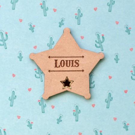 Badge Étoile de shérif en bois avec prénom