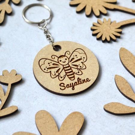 Porte-clé en bois personnalisé Papillon